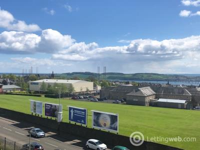 Property to rent in Clepington Road, Dundee, DD3 7NU