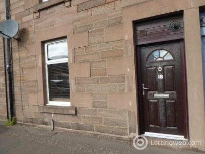 Property to rent in Montrose Road, Forfar, Angus, DD8 2HT