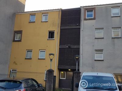 Property to rent in East Broomlands, Irvine