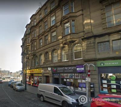 Property to rent in 18 Whitehall Crescent (City Centre), Dundee