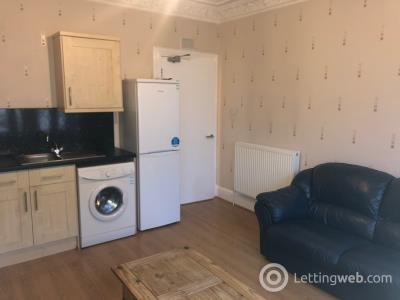 Property to rent in 8 Nicoll Street (off Ward Road), Dundee (City Centre)