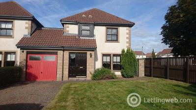 Property to rent in Walker Place St Andrews