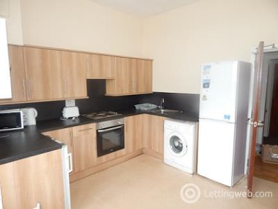 Property to rent in 30 Perth Road