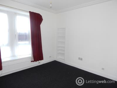 Property to rent in Loons Road