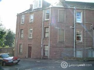 Property to rent in Eassons Angle