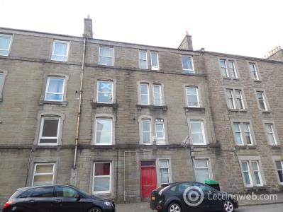 Property to rent in Cardean Street, Dundee
