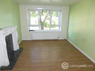Property to rent in 10 Spruce Road