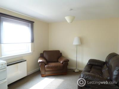 Property to rent in 16 Robertson Close