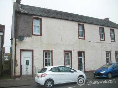 Property to rent in 14a Main Street, Stoneyburn