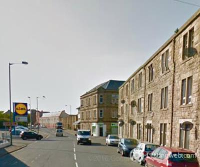 Property to rent in 5B Links Road
