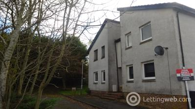 Property to rent in Robertson Close, Kirkmuirhill, ML11
