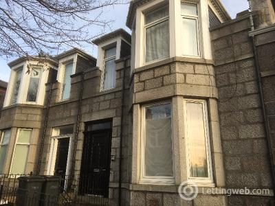 Property to rent in Sunnyside Road, Old Aberdeen, Aberdeen, AB24 3NE