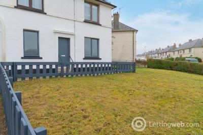 Property to rent in Middlefield Place, Aberdeen, AB24 4PN