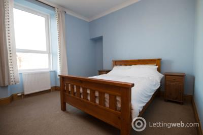 Property to rent in Constitution Street, City Centre, Aberdeen, AB24 5ET