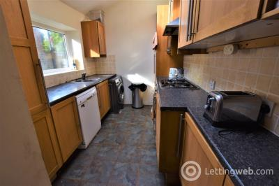 Property to rent in Berryden Road, City Centre, Aberdeen, AB25 3SH
