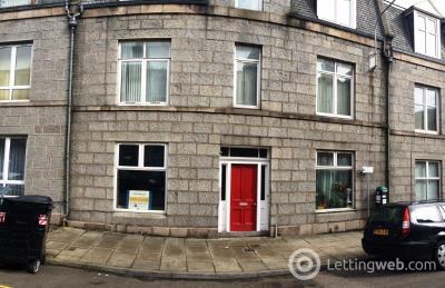 Property to rent in Wallfield Place, Rosemount, Aberdeen, AB25 2JQ