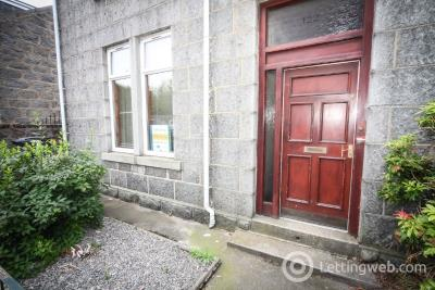 Property to rent in Leslie Terrace, Kittybrewster, Aberdeen, AB25 3XD