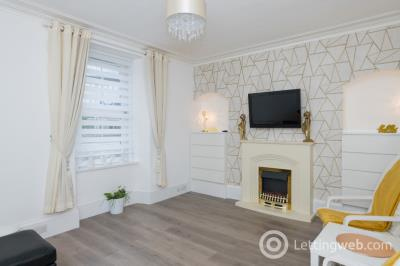 Property to rent in Holburn Street, City Centre, Aberdeen, AB10 6DA