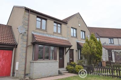 Property to rent in Clova Crescent , Kingswells, Aberdeen, AB15 8TJ