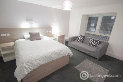 Property to rent in 39 Roseangle, Dundee