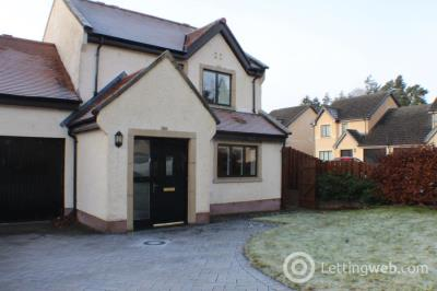 Property to rent in Fraser Lane