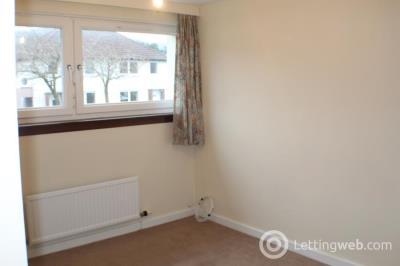 Property to rent in Dreghorn Drive Edinb