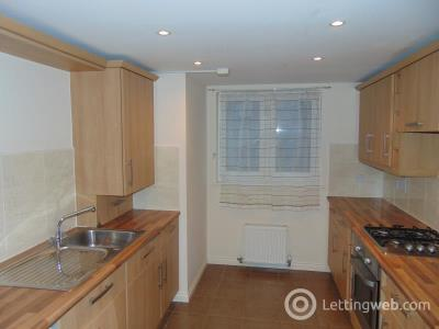 Property to rent in Saint Davids Gardens, Dalkeith