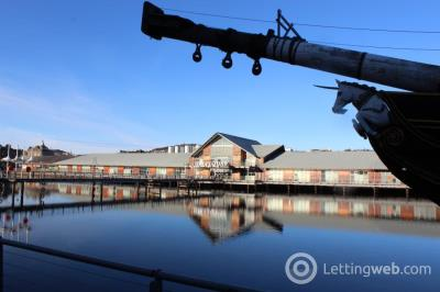 Property to rent in 8H South Victoria Dock Road