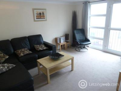 Property to rent in Tower Place