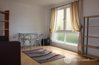 Property to rent in Barn Park Crescent, Edinburgh, Midlothian, EH14