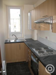 Property to rent in Lyon Street Dundee