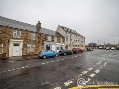 Property to rent in Commercial Road Ladybank