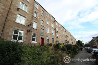 Property to rent in Dens Road