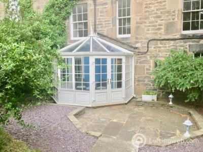 Property to rent in West Scotland Street Lane , New Town, Edinburgh, EH3 6PT