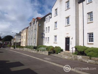 Property to rent in Chalmers Brae
