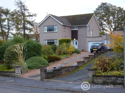 Property to rent in 1 Canongate