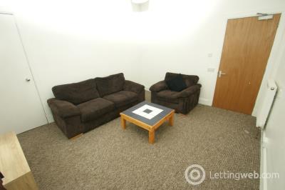 Property to rent in South Mount Street, Rosemount, Aberdeen, AB25 2TN