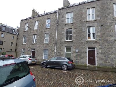 Property to rent in Richmond Walk, West End, Aberdeen, AB25 2YS