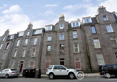 Property to rent in Esslemont Avenue, Rosemount, Aberdeen, AB25 1SX