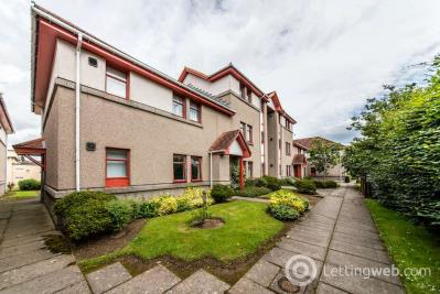 Property to rent in Craigievar Gardens , Garthdee, Aberdeen, AB10 7GD