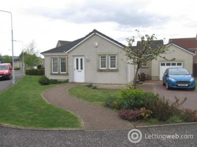 Property to rent in 1 Rowan Lane, Leven, KY8