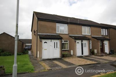 Property to rent in North Avenue, Carluke