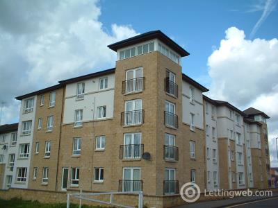 Property to rent in Henderson Court