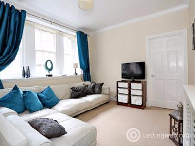 Property to rent in Crown Street, Aberdeen, AB11 6HA