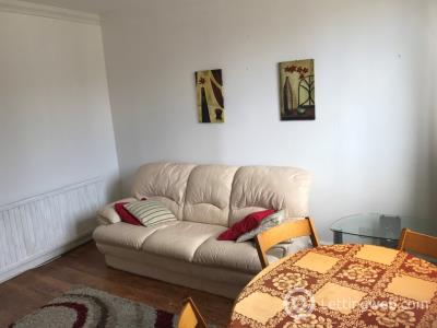 Property to rent in Esslemont Avenue, City Centre, Aberdeen, AB25 1SS