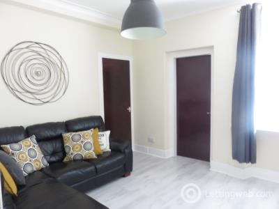 Property to rent in Summerfield Terrace, City Centre, Aberdeen, AB24 5JH