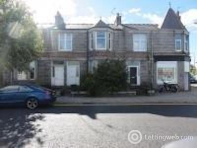 Property to rent in Clifton Road, Aberdeen, AB24 4HJ