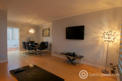Property to rent in Crown Street, City Centre, Aberdeen, AB11 6AY