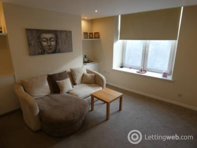 Property to rent in Wallfield Place , Aberdeen, AB252JN