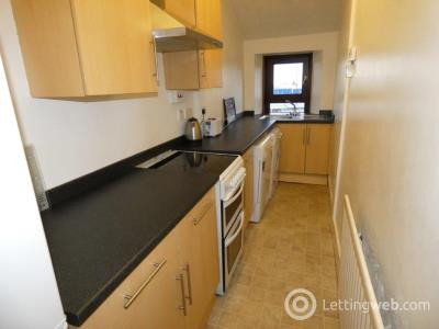 Property to rent in Victoria Road, Aberdeen, AB11 9LY